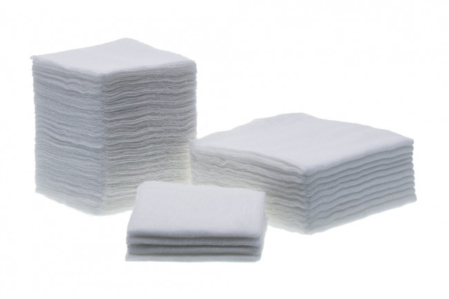 Precut Gauze Double Wrap (7.5 X 7.5 CM, 32 PLY, 24 X 28) With X-Ray Line